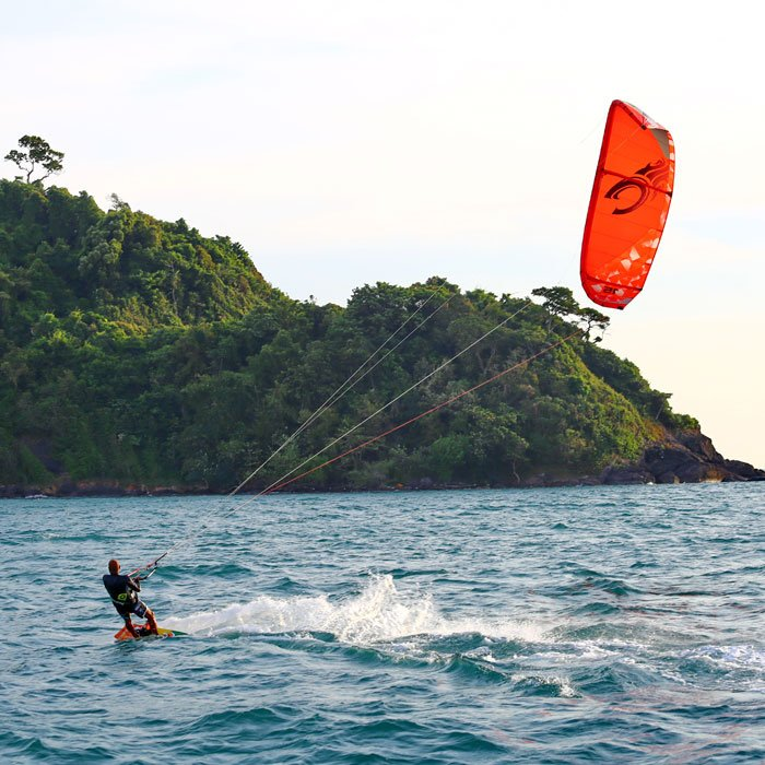 SEA KAYAKING, KITE SURFING, STAND-UP PADDLE