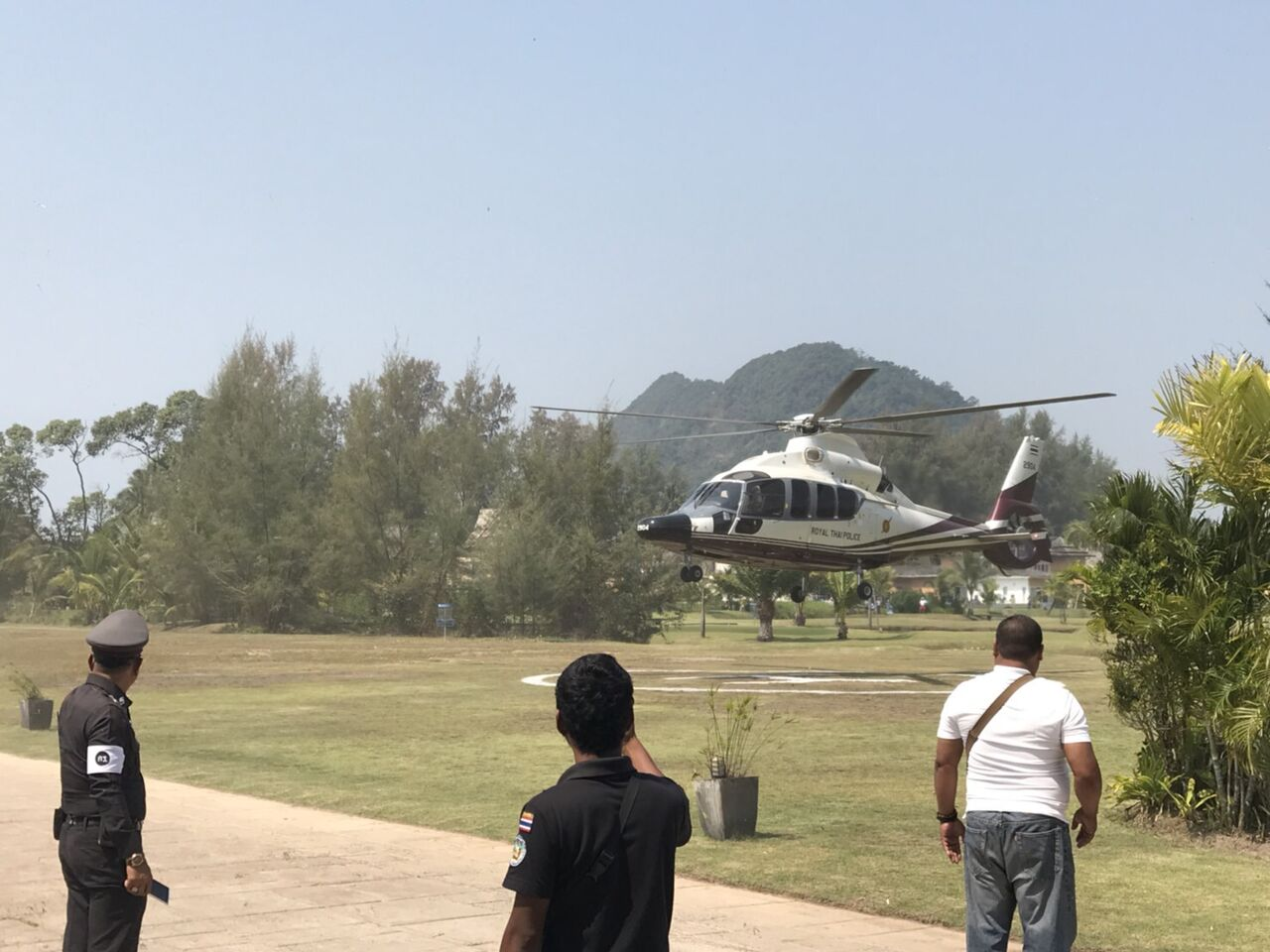 large transport helicopters